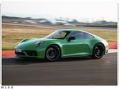 保时捷新款911 Carrera GTS官图发布!3.4秒破百,可选敞篷版本
