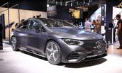 奔驰慕尼黑车展首发EQE纯电轿车,明年年中全球3大工厂同步投产