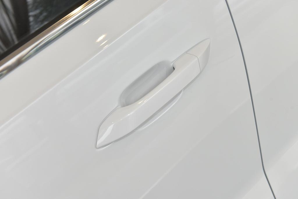 五菱汽车五菱星辰外观图片